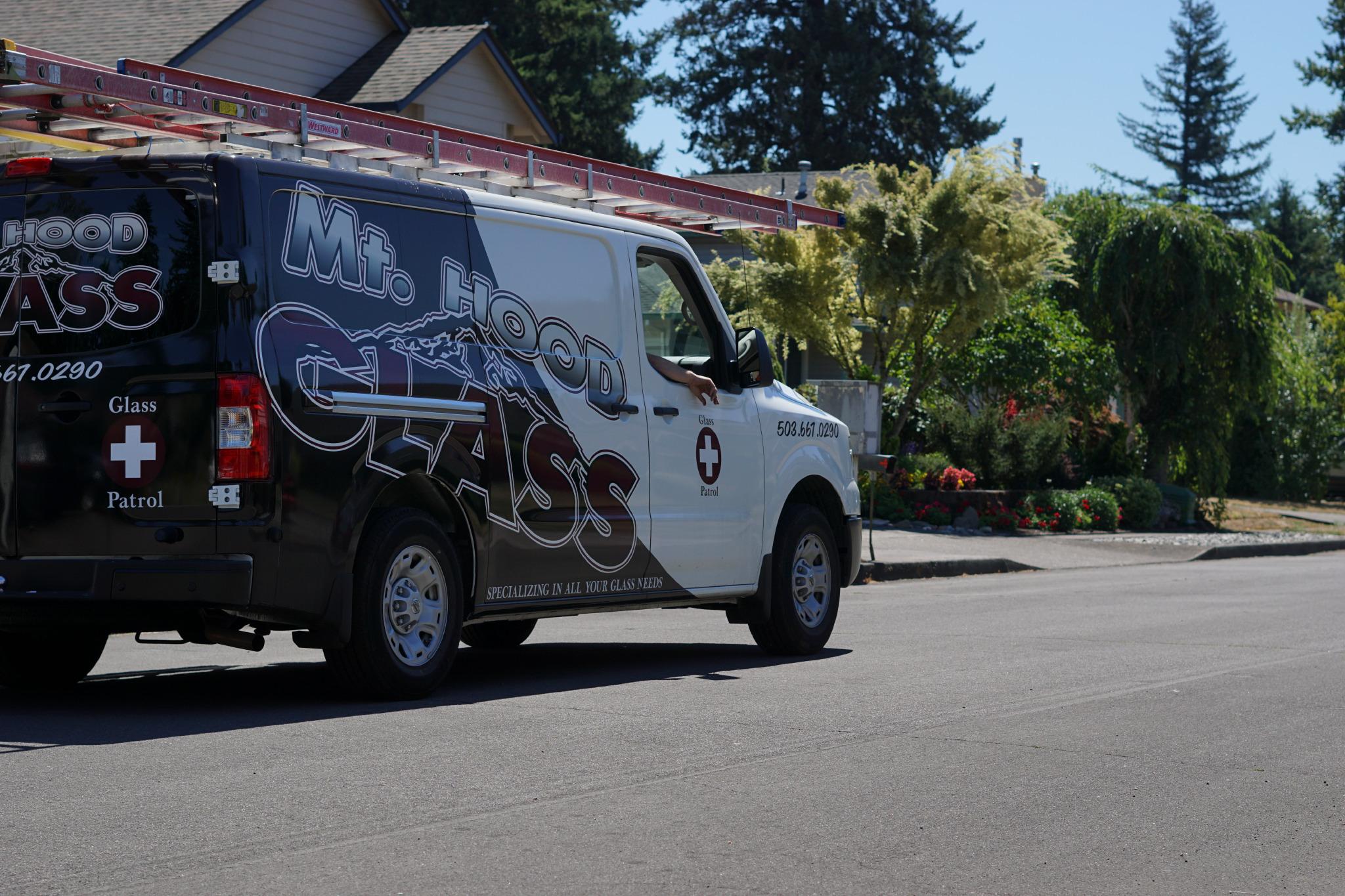 mt-hood-glass-vehicle